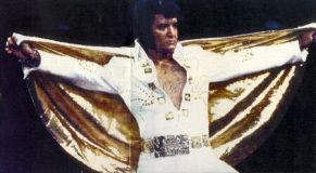 Elvis Presley Opening Show Madison Square Garden June9th 1972-03.jpg