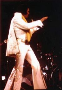 Elvis Presley Opening Show Madison Square Garden June9th 1972-18.jpg