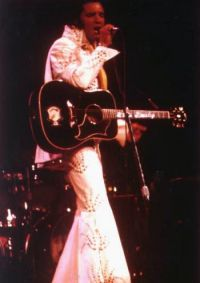 Elvis Presley Opening Show Madison Square Garden June9th 1972-20.jpg