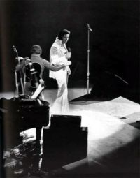 Elvis Presley Opening Show Madison Square Garden June9th 1972-34.jpg