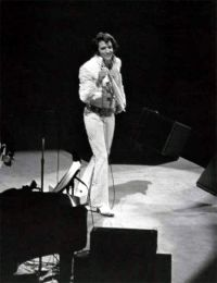 Elvis Presley Opening Show Madison Square Garden June9th 1972-35.jpg
