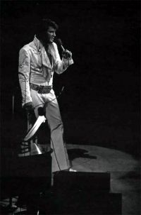Elvis Presley Opening Show Madison Square Garden June9th 1972-36.jpg
