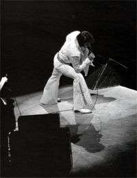 Elvis Presley Opening Show Madison Square Garden June9th 1972-40.jpg