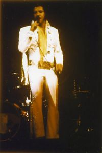Elvis Presley Opening Show Madison Square Garden June9th 1972-50.jpg