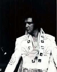 Elvis Presley Opening Show Madison Square Garden June9th 1972-73.jpg