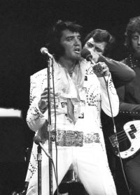 Elvis Presley Opening Show Madison Square Garden June9th 1972-78.jpg