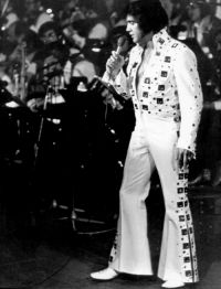 Elvis Presley Evening Show Madison Square Garden June10th 04.jpg