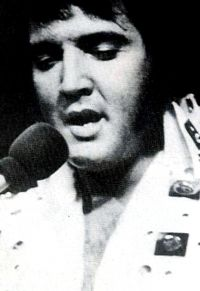 Elvis Presley Evening Show Madison Square Garden June10th 38.jpg